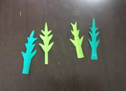 【折り紙】コスモスの葉っぱと茎の作り方|子供もできる簡単な切り方