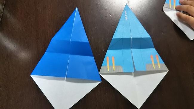 【セリアの折り紙】紙飛行機のスーパーイーグルの折り方・作り方