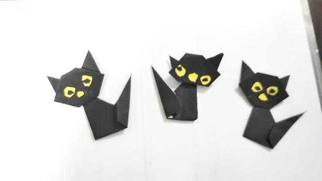 ハロウィンの折り紙 黒猫の折り方・作り方|子供でも簡単♪