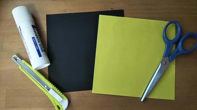 折り紙で黒猫を折るために必要な道具