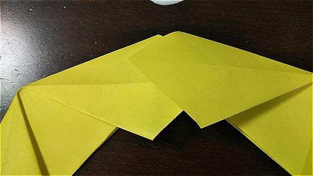 4枚の折り紙で作るリースの折り方~手順~ (15)