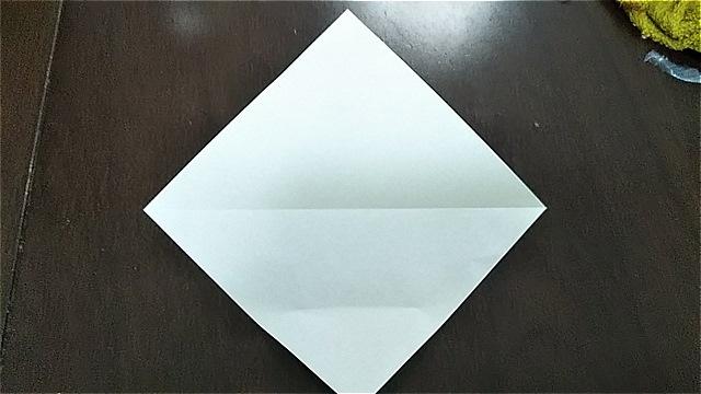 4枚の折り紙で作るリースの折り方~手順~ (4)