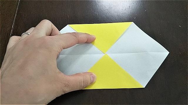 4枚の折り紙で作るリースの折り方~手順~ (6)