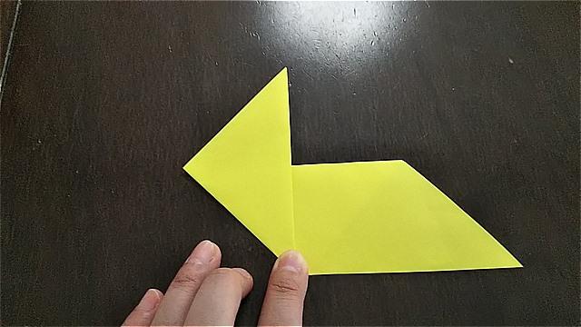 4枚の折り紙で作るリースの折り方~手順~ (8)