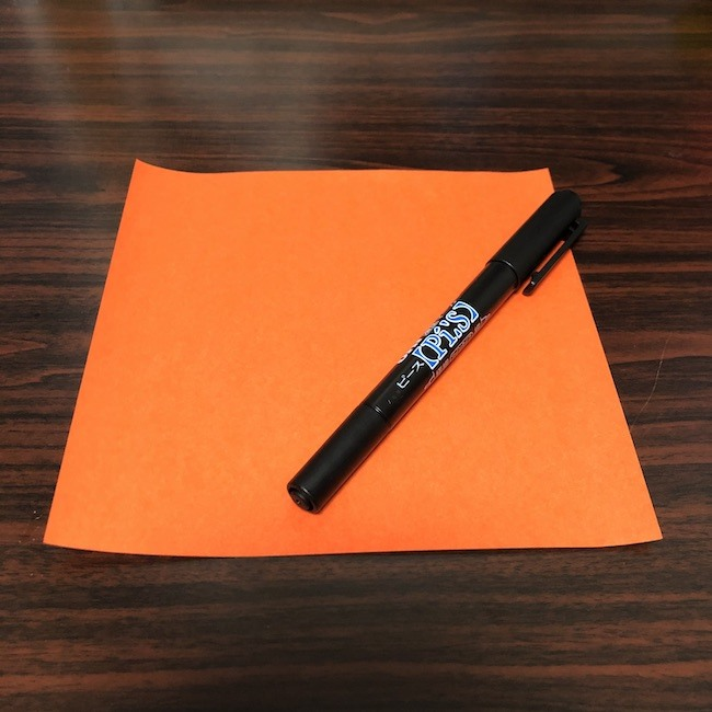 ジャック・オ・ランタンの作り方【折り紙とペンだけでOK】オリジナルのカボチャをつくってみよう!