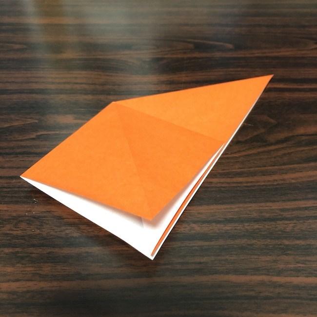 折り紙をつかったジャック オ ランタンの折り方 (3)
