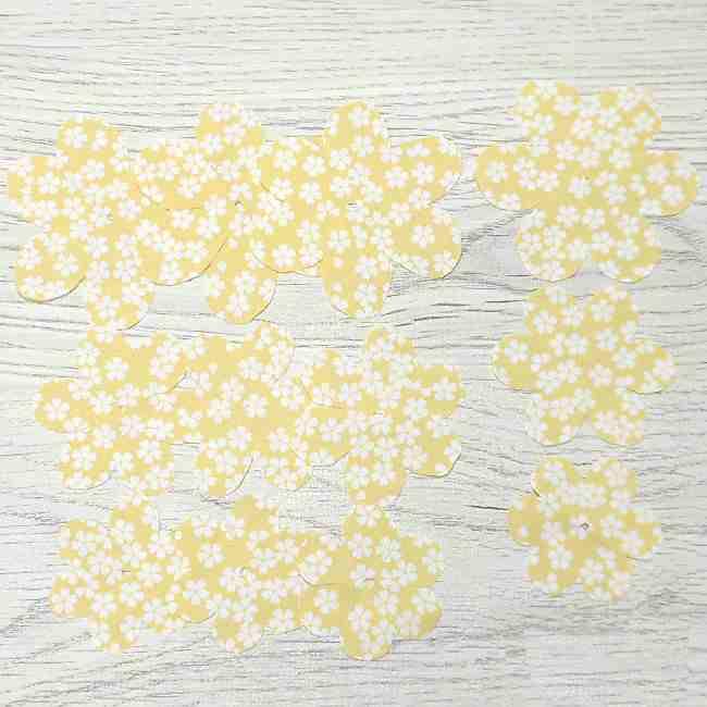 布コサージュの作り方(ボンドを使用・薔薇風) (11)