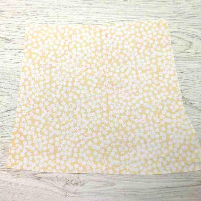 布コサージュの作り方(ボンドを使用・薔薇風) (4)