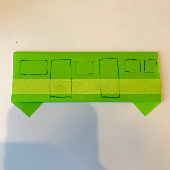 折り紙の電車(平面)の作り方 (4)