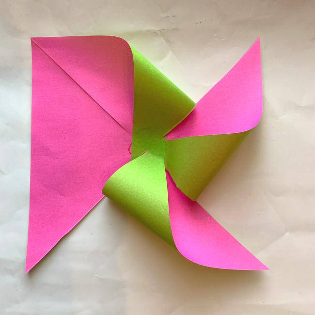 折り紙の風車の作り方 (11)