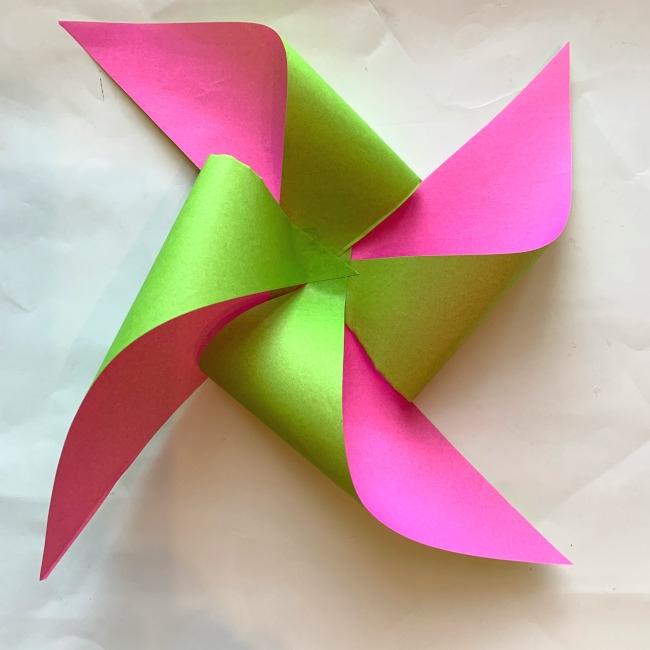 折り紙の風車の作り方 (12)