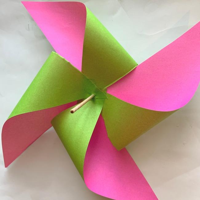 折り紙の風車の作り方 (13)