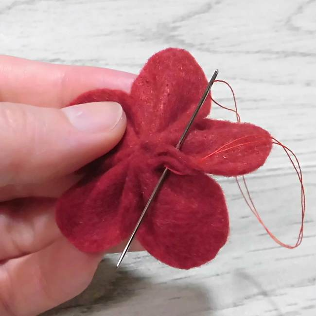 フェルトのコサージュの作り方型紙つきで解説 (10)