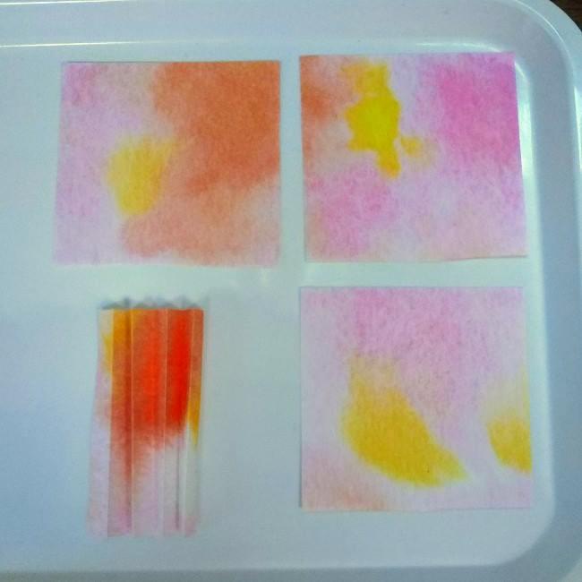 色画用紙の花の壁面飾りは簡単♪作り方 (1)
