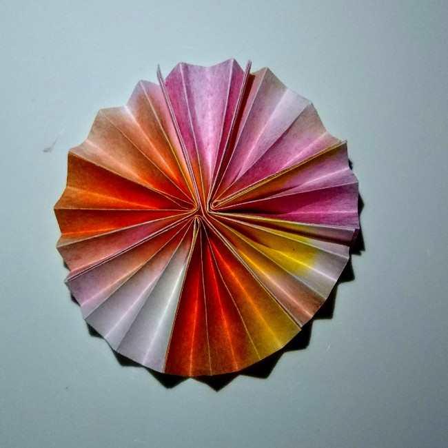 色画用紙の花の壁面飾りは簡単♪作り方 (3)