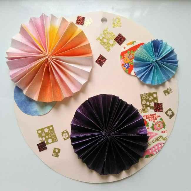 色画用紙の花の壁面飾りは簡単♪作り方 (9)