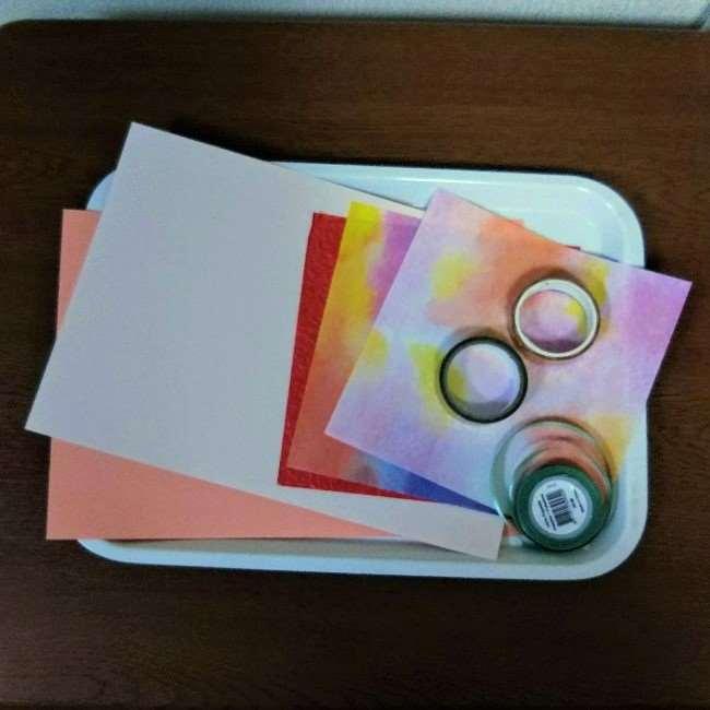 色画用紙工作「おしゃれな花の壁面飾り」に必要な物 (1)