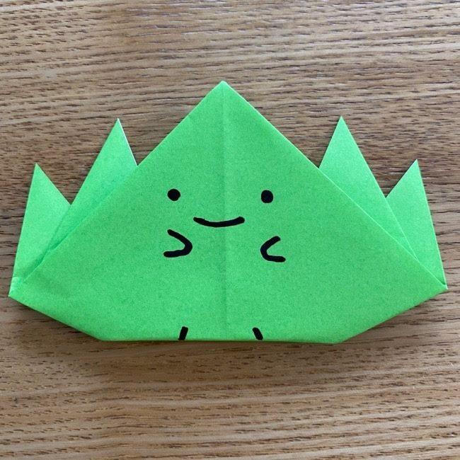 すみっこぐらしの折り紙『ざっそう』の折り方・作り方★幼稚園生でもできるほど簡単でかわいいすみっコ♪