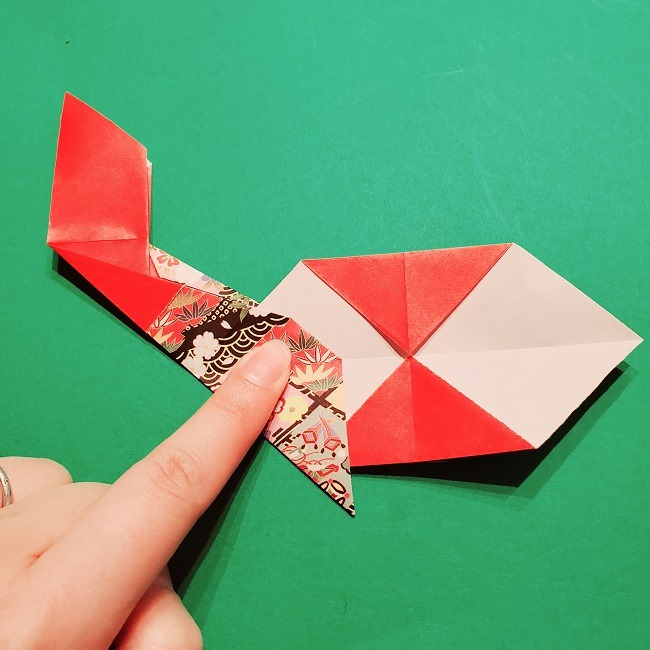【1月】折り紙のお正月リースの作り方 (15)