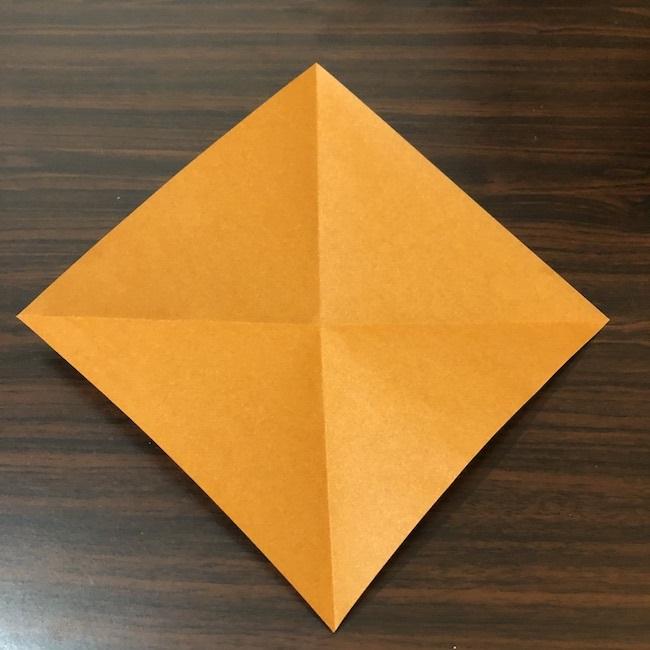 9月10月11月の折り紙|簡単などんぐりの折り方・作り方①折り紙1枚でつくる