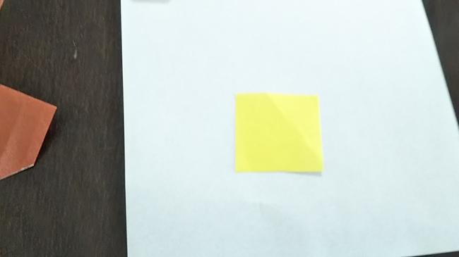 初秋の9月から秋深まる11月まで♪折り紙の『どんぐり』②2枚の折り紙を使用