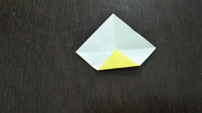 どんぐりの帽子を折り紙でつくる作り方