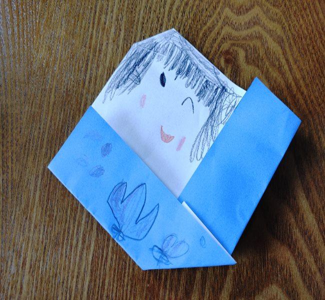 お雛様の折り紙は簡単♪子どもから高齢者まで楽しめる(3歳児)