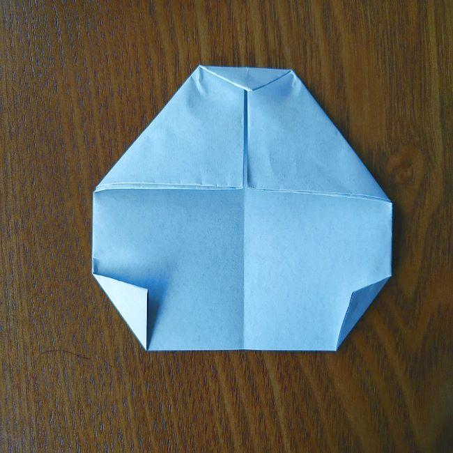 すみっこぐらし『おにぎり』の折り紙*折り方(平面) (9)