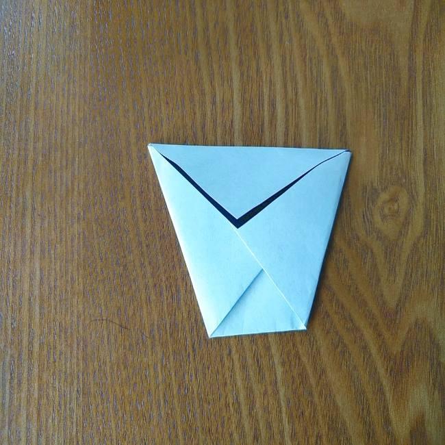 すみっこぐらし『おにぎり』の折り紙*折り方(立体) (3)