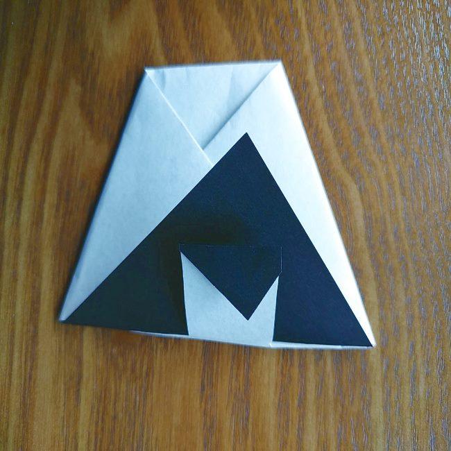 すみっこぐらし『おにぎり』の折り紙*折り方(立体) (5)