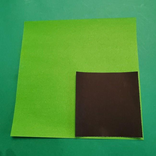 すみっこぐらしの折り紙『スマホ(携帯)』*用意するもの (1)