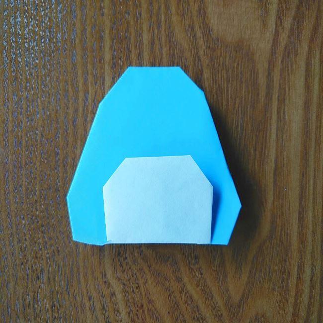 すみっこぐらしの折り紙もぐら・ぺんぎん(本物)の折り方 (8)