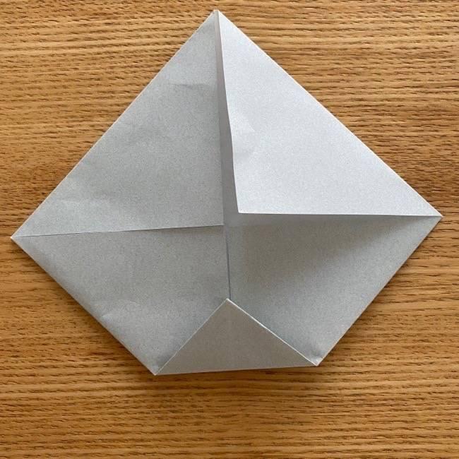 すみっこぐらし 折り紙のほこり《折り方・作り方》 (4)