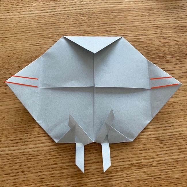 すみっこぐらし 折り紙のほこり《折り方・作り方》 (9)