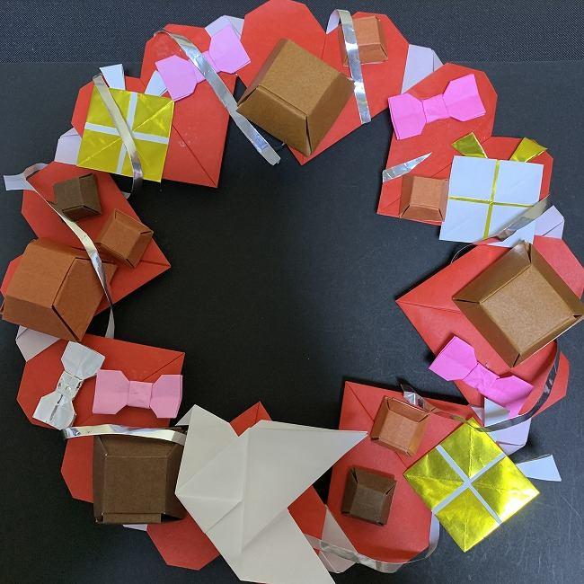 ハートのリースの折り方は簡単かわいい!バレンタインデーに飾ろう