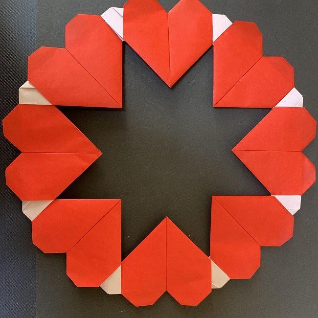 ハート型リースの作り方(折り紙) (23)