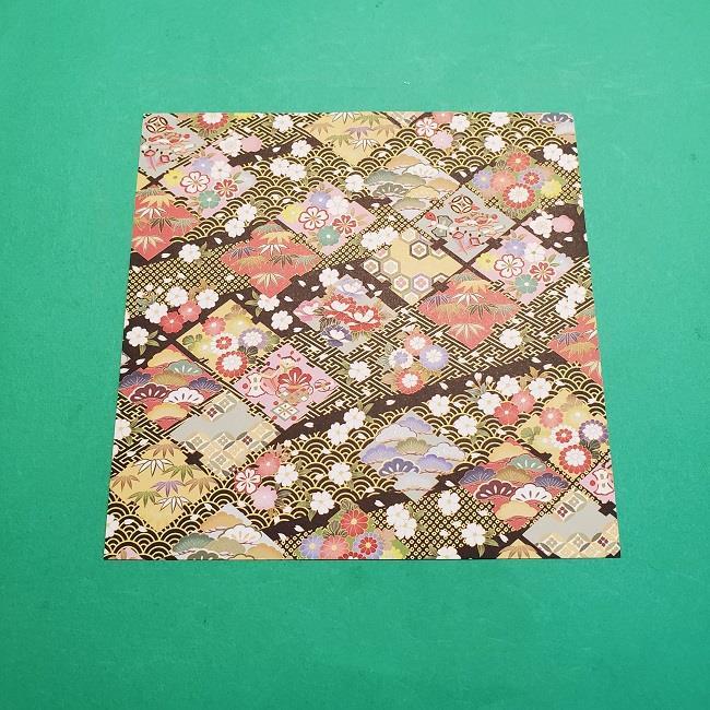 折り紙【1月の壁掛けフレーム】の作り方 (1)