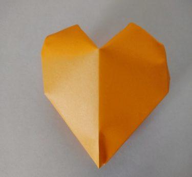 折り紙の【風船(ぷっくりハート型)】は簡単でかわいい!作り方・折り方を紹介★