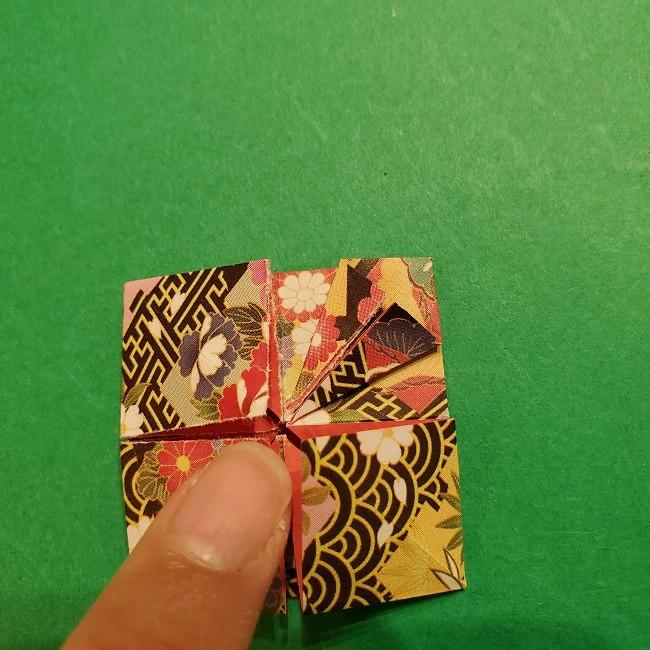 折り紙のくす玉(お正月)折り方・作り方 (18)