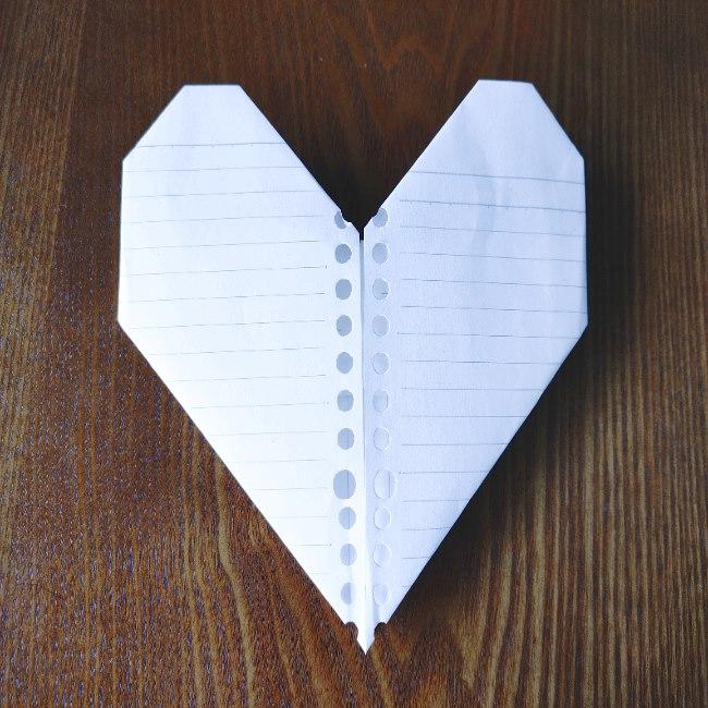 折り紙のハート★長方形から作れて手紙にピッタリ♪簡単でかわいい折り方を紹介