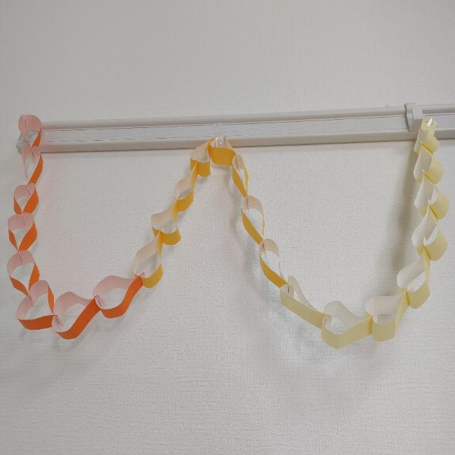 折り紙のハートをつなげるとかわいい★ガーランドやネックレスに♪