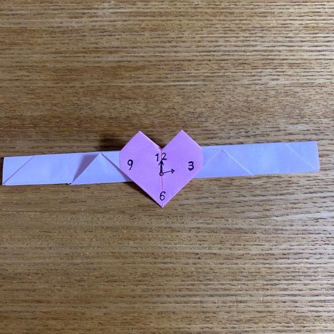 折り紙の腕時計(ハート型)の折り方・作り方 (24)