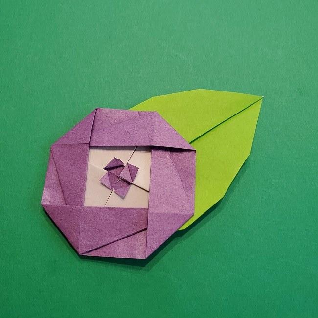 椿の折り紙(平面)は簡単!保育園や高齢者の1月2月の製作にも最適♪