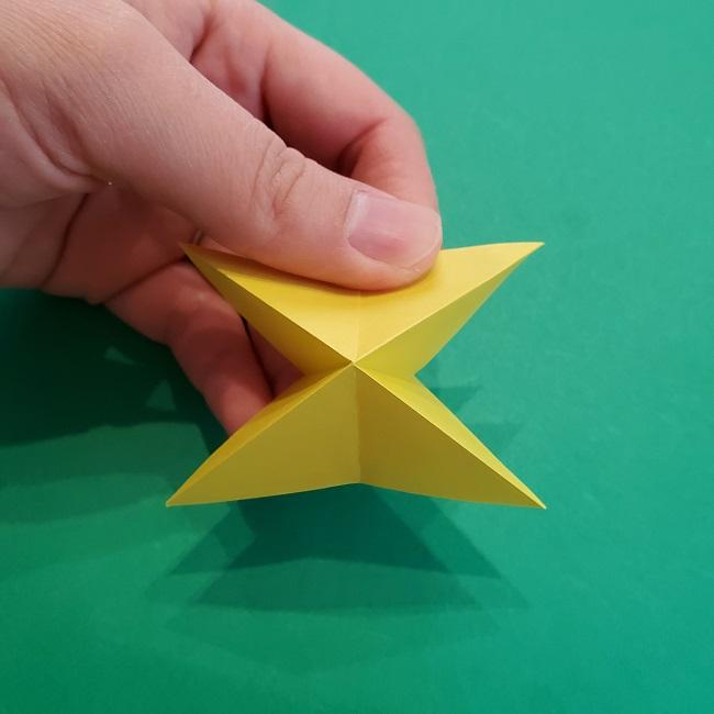 椿の折り紙(立体)の作り方・折り方 (28)