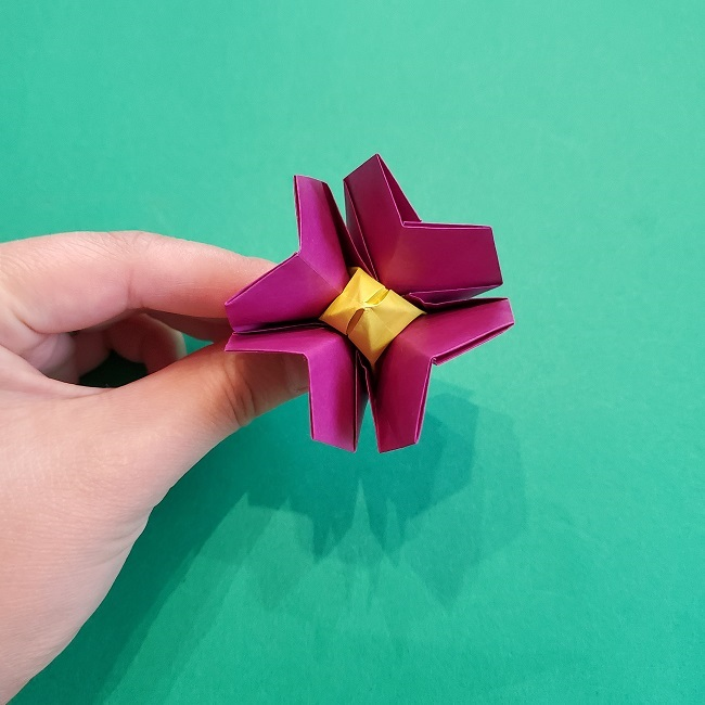 椿の折り紙(立体)の作り方・折り方 (64)