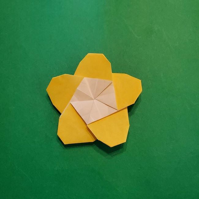 正月・節分・ひな祭り飾りに!折り紙の【梅の花】一枚でできる簡単な折り方♪