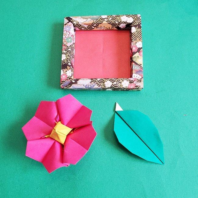 正月2月壁飾り★折り紙の椿フレーム (1)