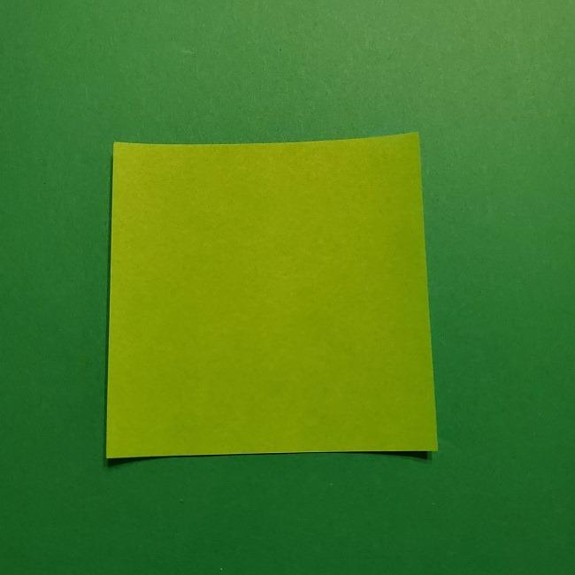 カナエ髪飾りの折り紙 (1)