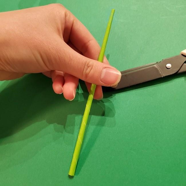 チューリップの折り紙 4歳児とつくった茎・葉(立体)の作り方 (10)