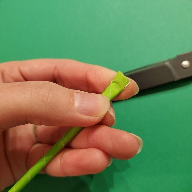 チューリップの折り紙 4歳児とつくった茎・葉(立体)の作り方 (13)